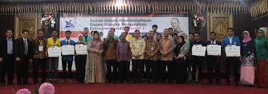 Dian Pratiwi Raih Juara Harapan 4 Kategori Rencana Bisnis Entrepreneurship Award I Kopertis Wilayah X